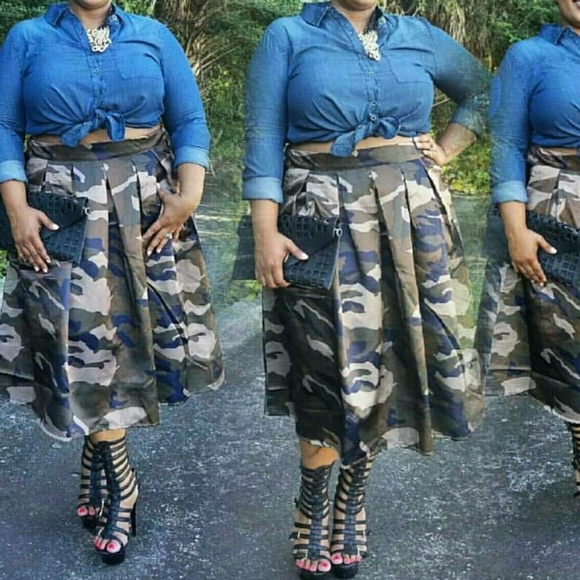 Army fatigue plus size skirt Boutique